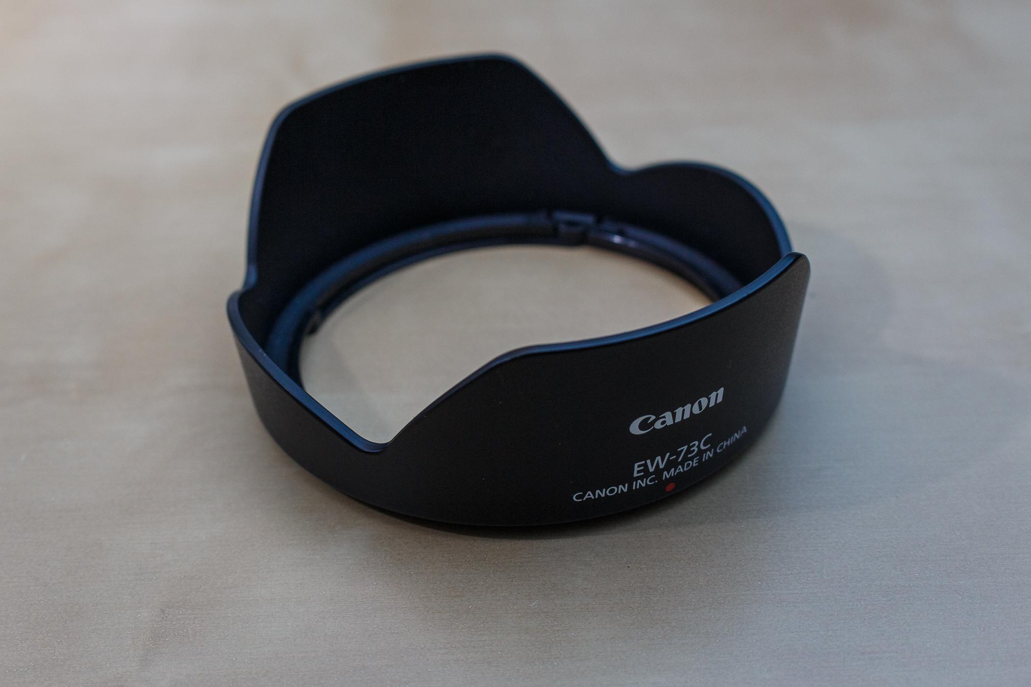 Eine Gegenlichtblende hat grundsätzlich eine andere Funktion als ein UV-Filter, doch zum Schutz des Objektives eine gute Möglichkeit