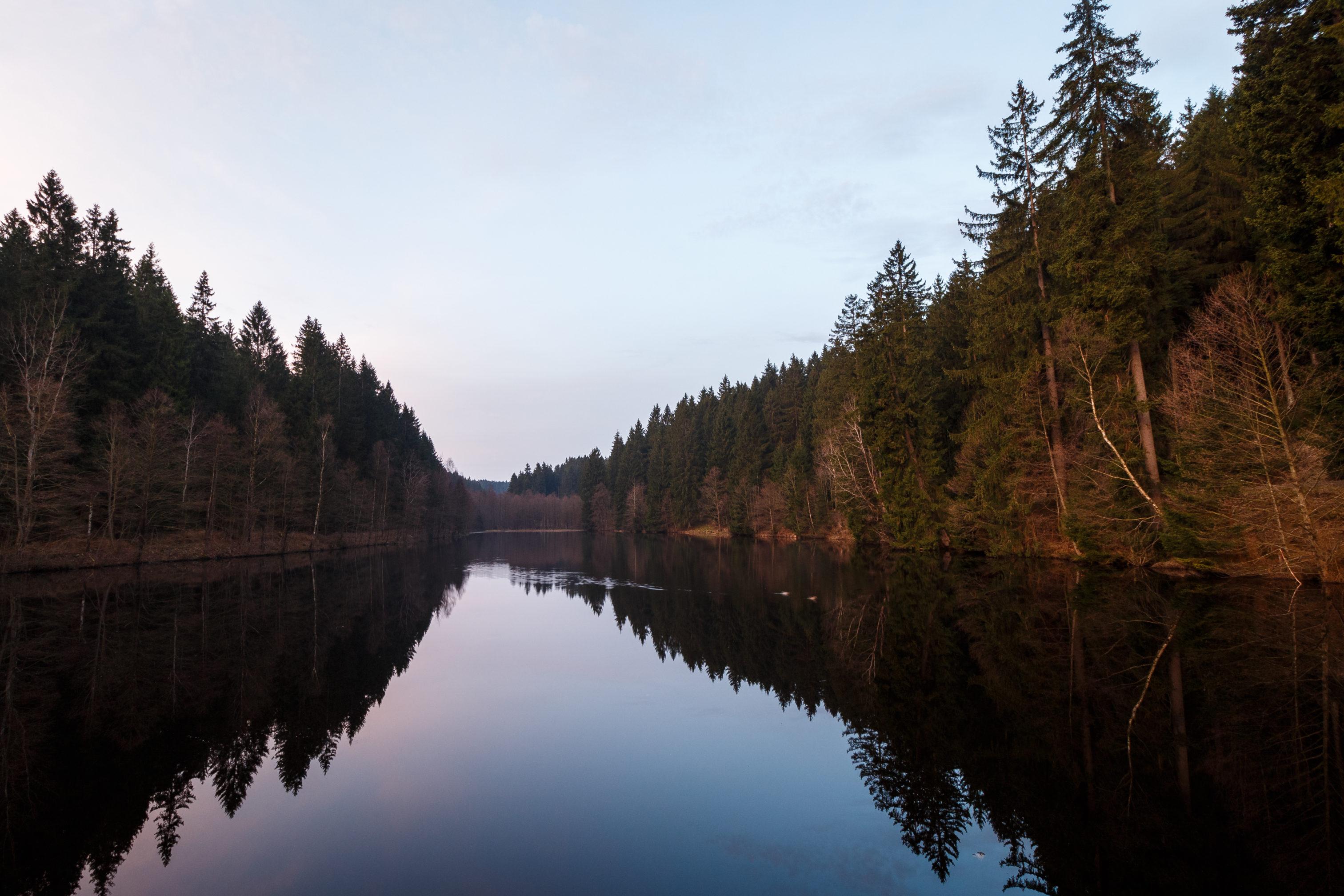 Reflexionen sind immer spannend, nicht nur in der Landschaftsfotografie